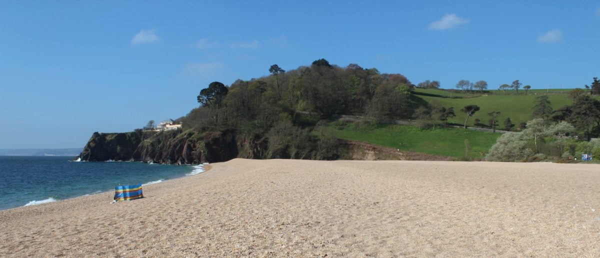 A surprisingly spacious family suite in a B&B within a short driving distance from the best beaches in SouthDevon