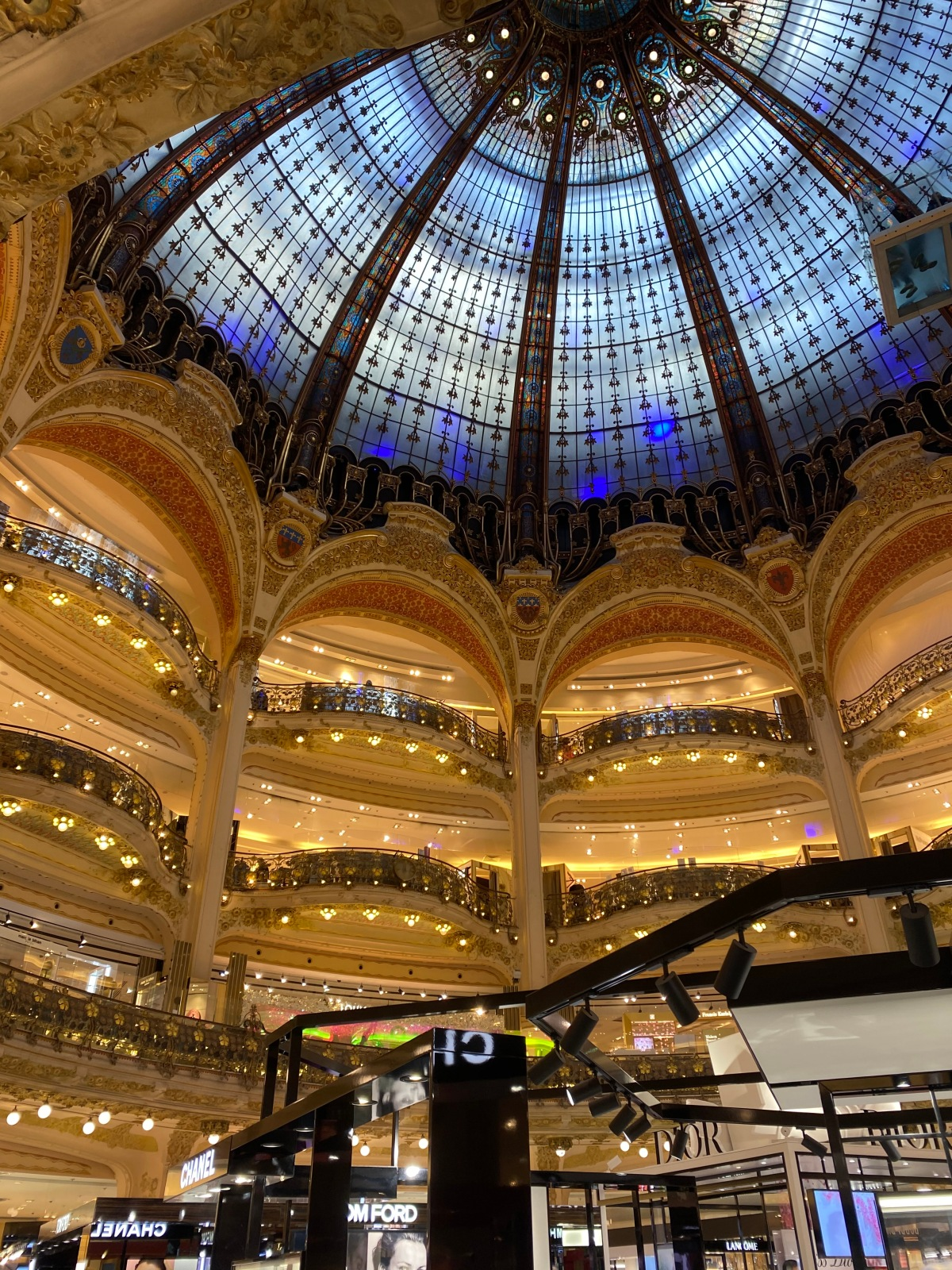 Article: The magic of short breaks – a two day adventure in Paris with mydaughter.